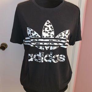 Adidas t-shirt size L
